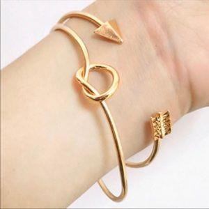Gold Knot and Arrow Bracelet Set